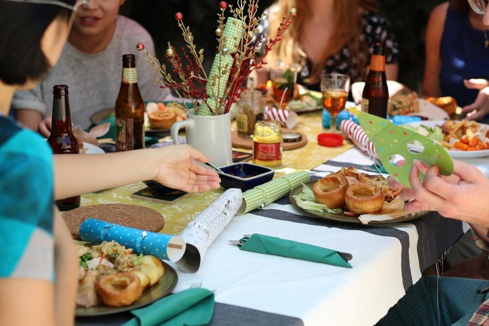 How To Promote Harmony Around Your Easter Dinner Table